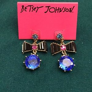 Betsey Johnson bow